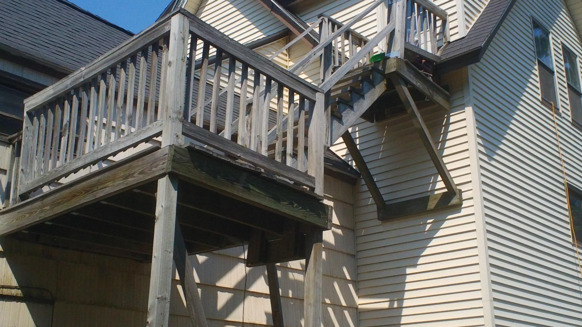 Baldwinville, MA Deck rehab