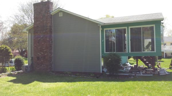 Hadley MA siding, window, gutters
