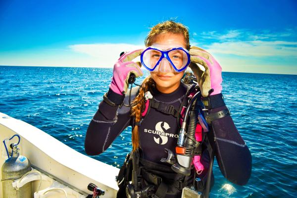 Female Diver, Diving in Pensacola, Diver, SCUBA, diving