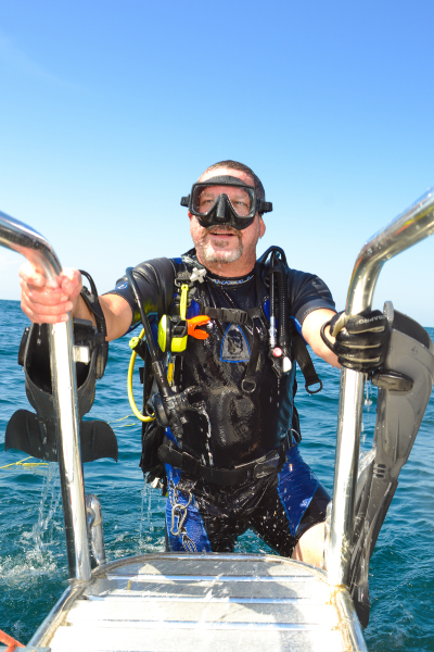 Diving in Pensacola, dive charter