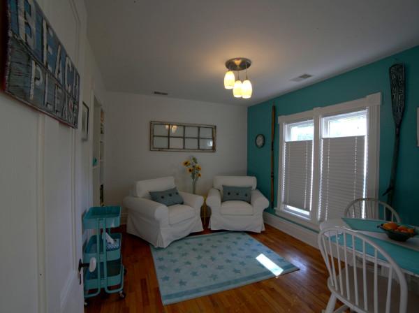 Beach Escape Suite private sitting room.