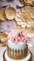 perfabulous, paper flowers london, paper flower backdrop, wedding backdrop