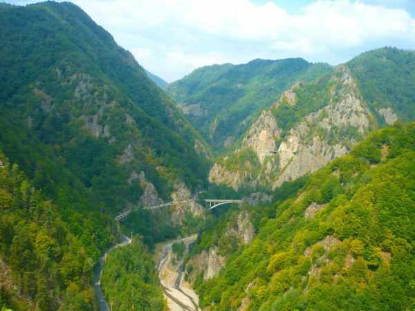 Romania, history, best places to visit in Romania, travel, Poienari Castel, cetatea Poienari, Transfagarasan