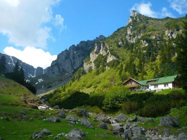 Romania - Hidden Gems: The Malaiesti Hut / Cabana Malaiesti, best places to visit in Romania, travel, mountains, Carpathians