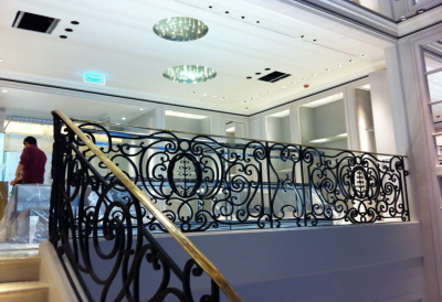 RAILING USED IN BOUTIQUE