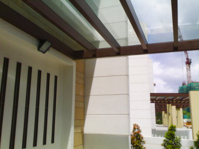 GLASS TRELLIS WITH METAL SUPPORT @ SENTOSA COVE