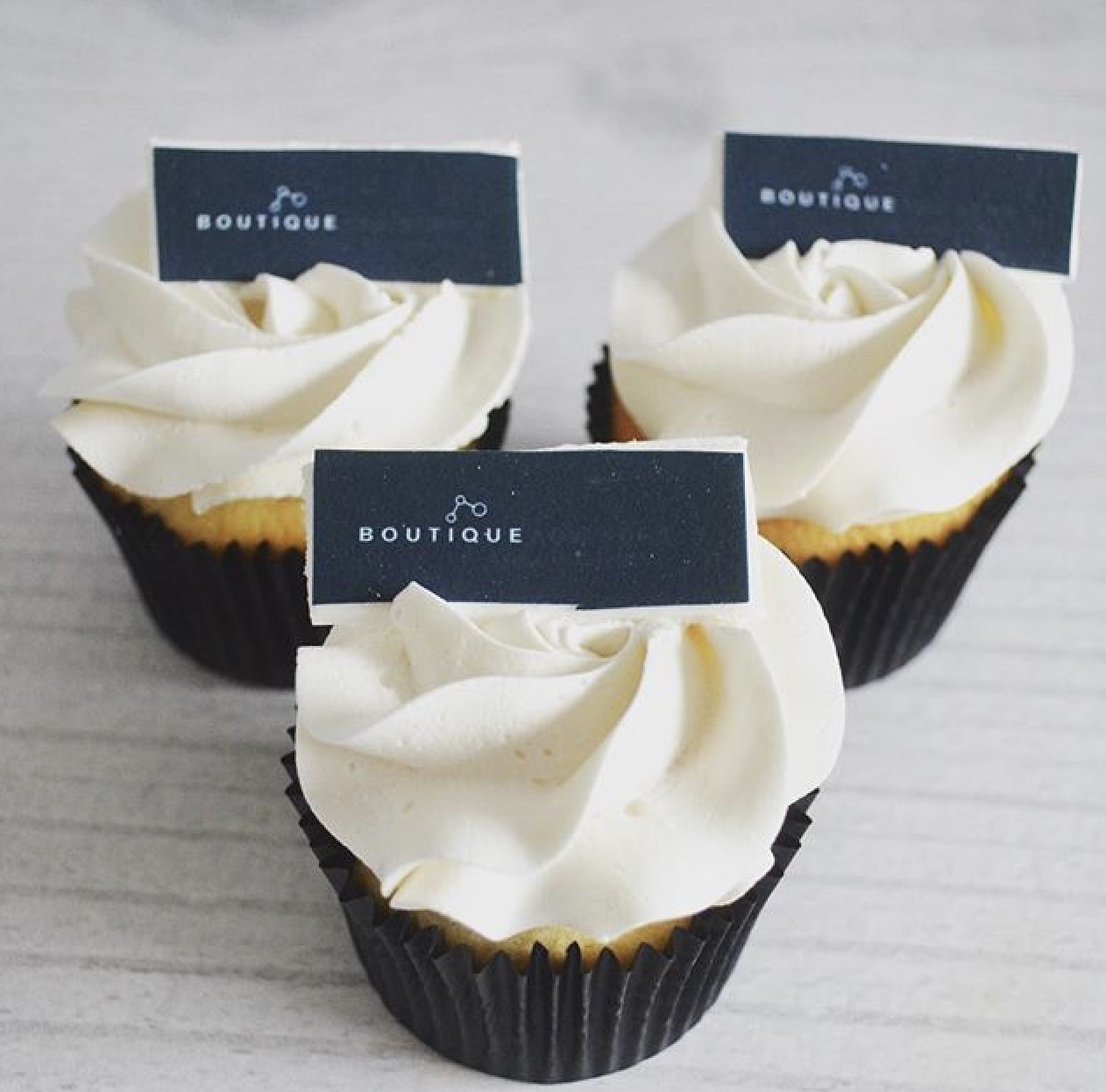 Deluxe Corporate Cupcakes