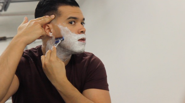 How to Properly Shave to Get a Close, Long Lasting Shave