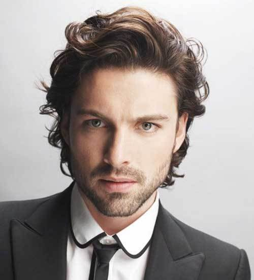 Short-Wavy-Hairstyles-Men