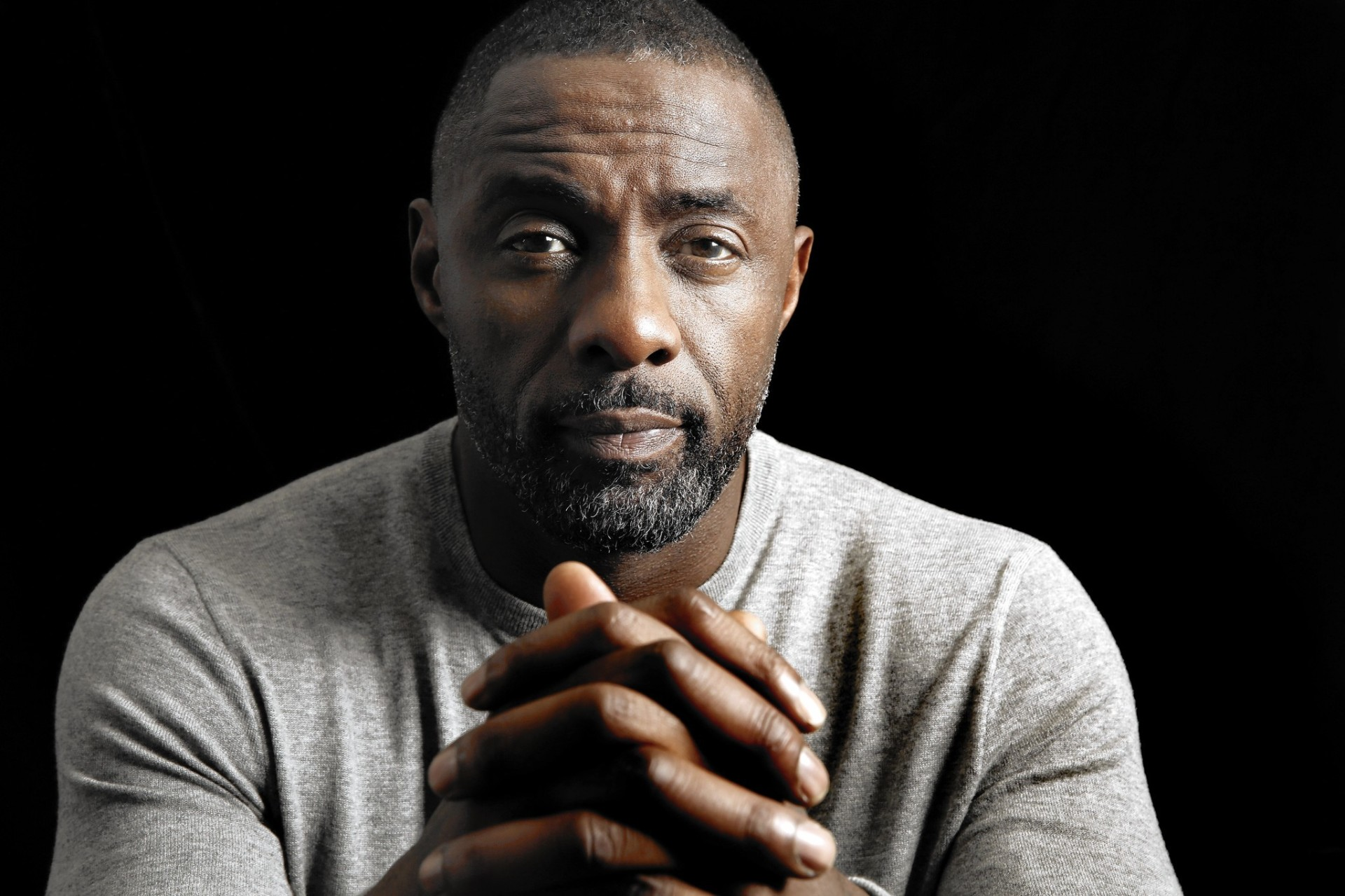 la-et-st-idris-elba-luther-20151217