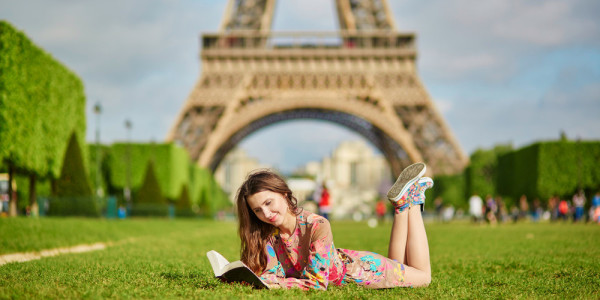 10 lieliskas un iedvesmojošas grāmatas vasaras ceļojumam