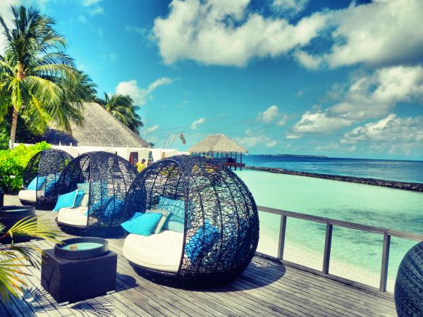 Maldivas: Spogulīt, spogulīt! Saki man tā, kura šai salā ir visskaistākā?