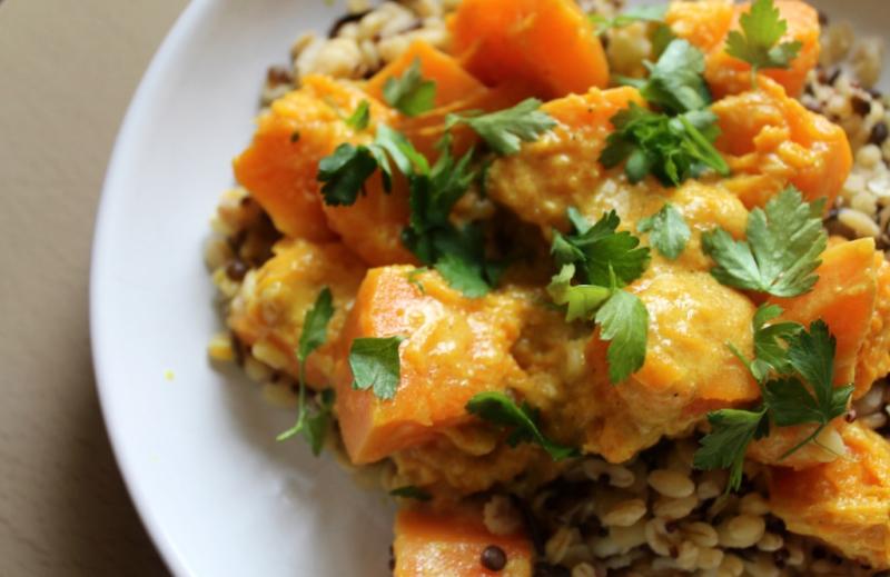 Recette : Courge curry/lait de coco et graines