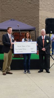 Wal-Mart Supports Harvest House