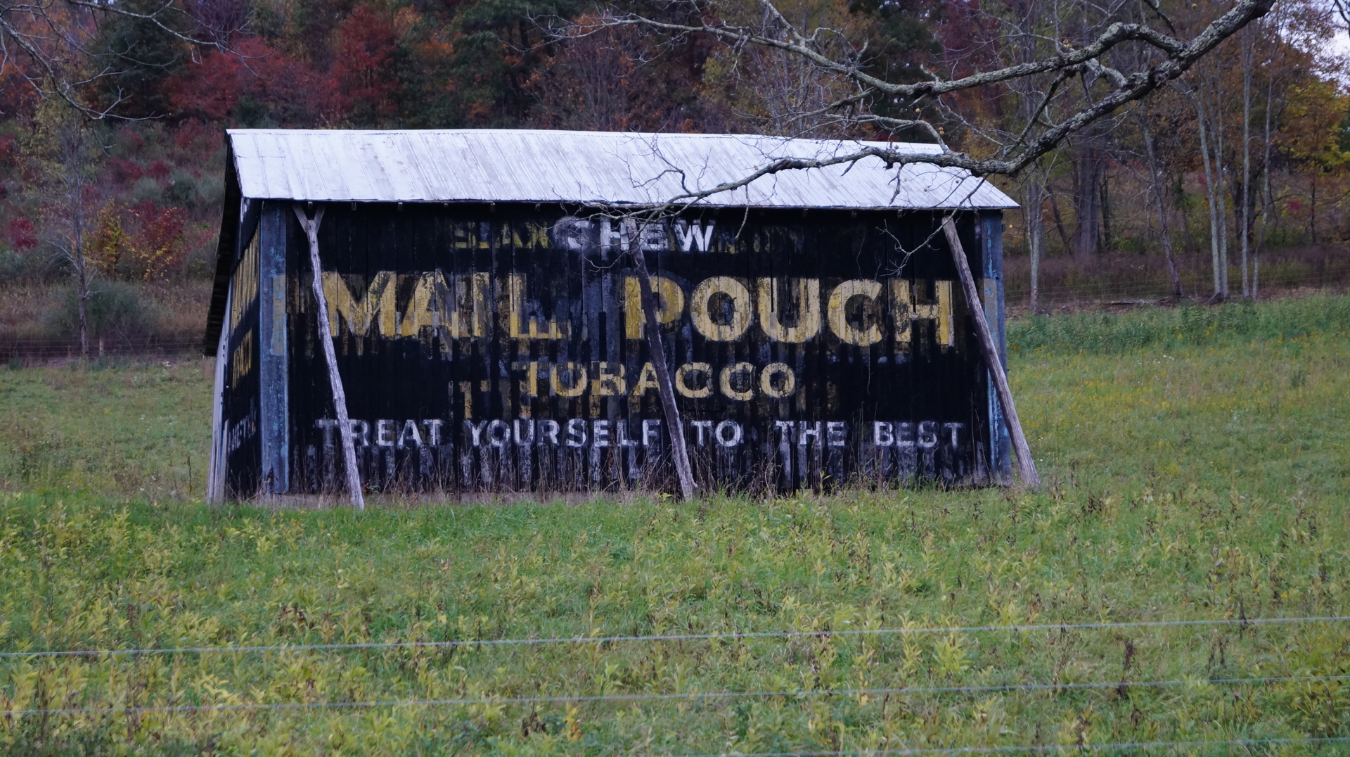 Mail Pouch Barn
