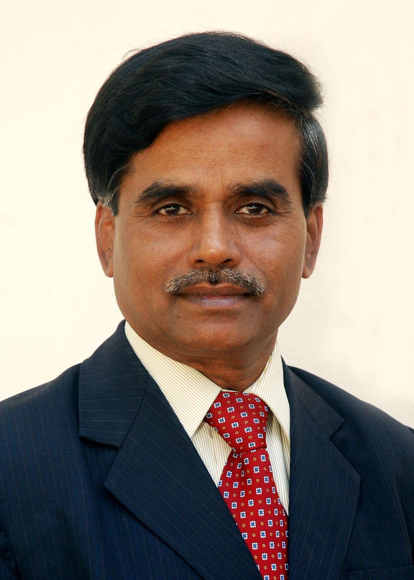 Dr. Kamachi Mudali