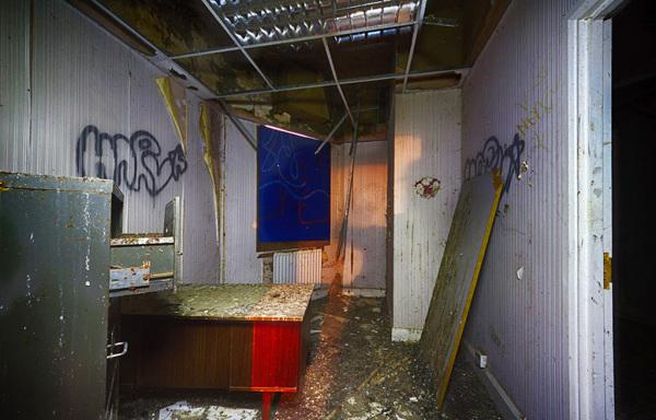 Side Room 6