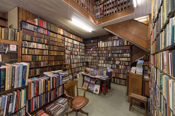 Halls Bookshop 8