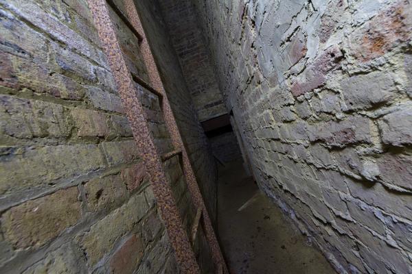 Cavity Wall 15