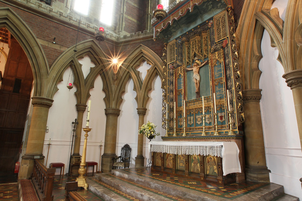 The Nave 11