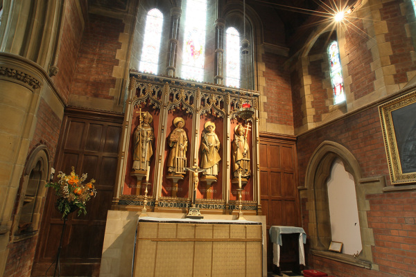 The Nave 12