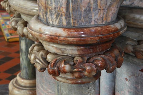 Interior Detail 14