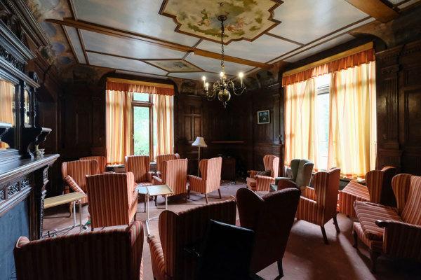 MEH Reception Room 14