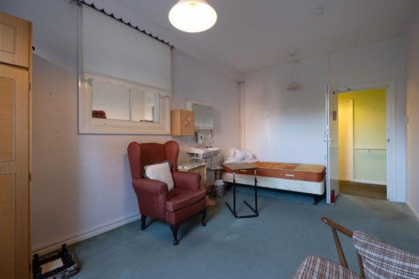 Bedroom 40