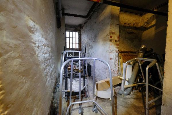Cellar  11