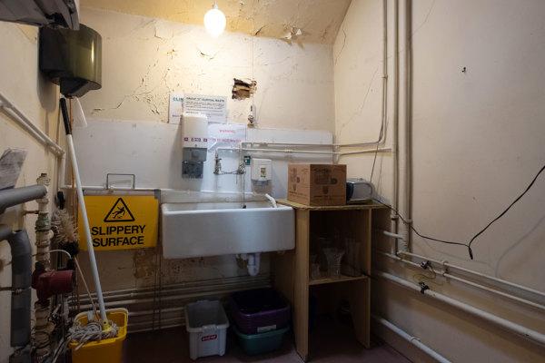 Kitchen & Utility Areas 6