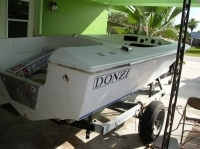 Donzi sweet 16 1976 complete boat restoration. Before