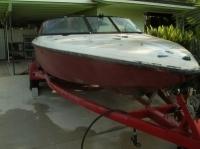 Pro Ski Boat gel coat flake red