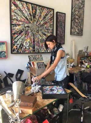 Chalavie's Mirrored Art Opens Your Perspectives at the Mar Vista Art Walk - Open Studios in LA