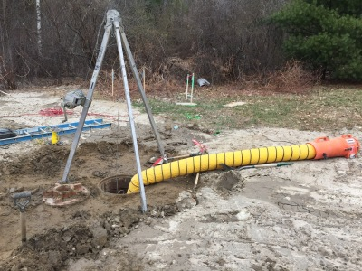 Walsh confined space set up in manhole