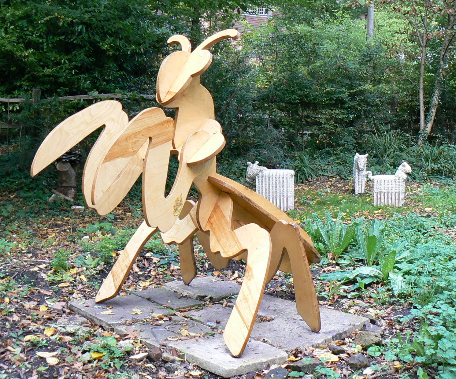 crowhurst sculpture garden