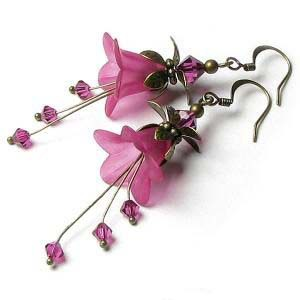 HOW TO MAKE VINTAGE STYLE TRUMPET LUCITE FLOWER EARRINGS - TUTORIAL