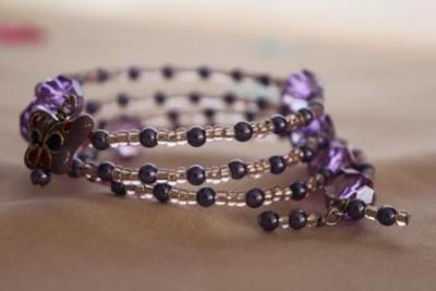 Violet Memory Wire Bracelet with Seed Beads
