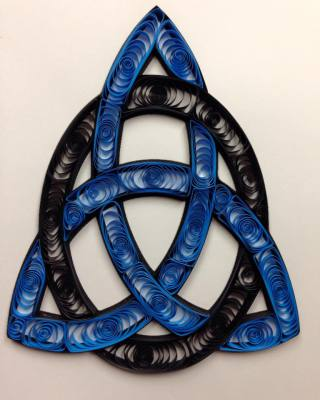 Quilled Triquetra, Trinity Knot