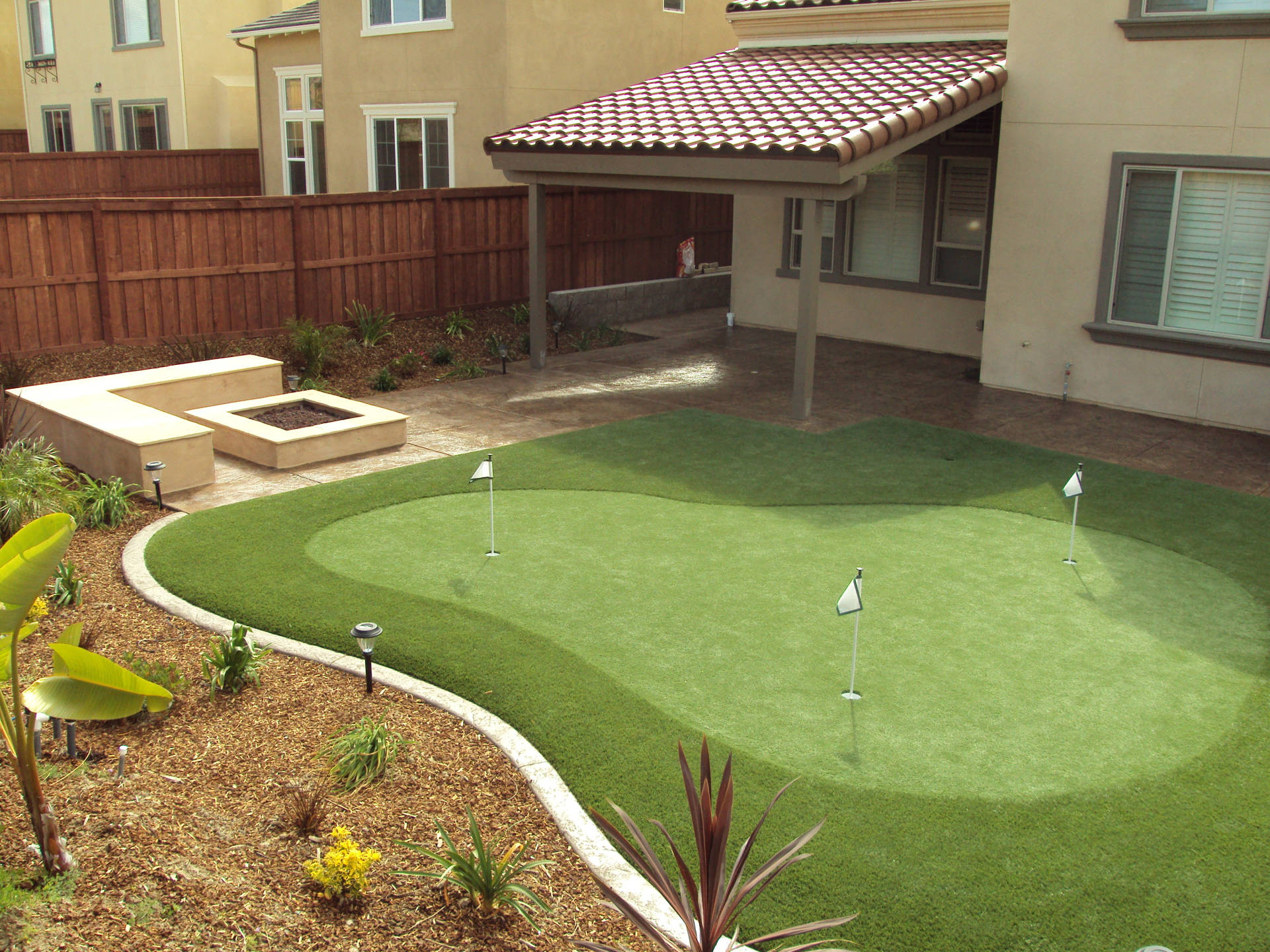 Chula Vista putting Green, Otay Ranch synthetic turf, Outdoor Kitchens chula vista, patio covers chula vista, aluminum patio covers, outdoor entertainment areas,