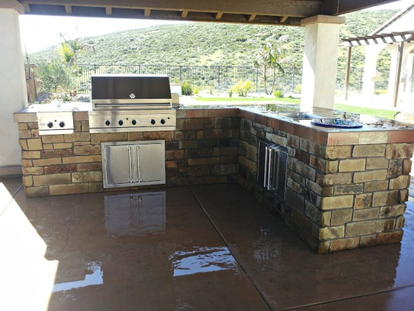 Chula Vista BBQ Island, Outdoor kitchen Eastlake, covered outdoor entertainment, patio cover, stameped concrete, flagstone, masonry, artificial turf, putting greens, synthetic grass chula vista, patio additions,