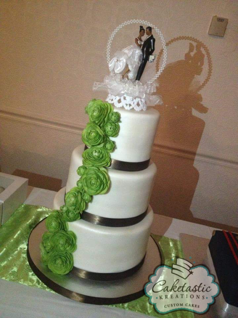 Traditional White Cake w/Green Roses