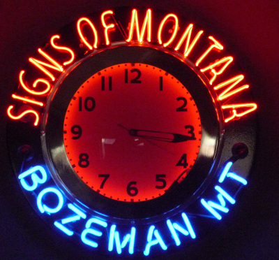 Signs of Montana Clock