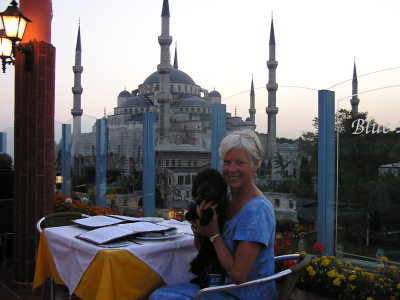 Libby and Ann Marie dine overlooking the Blue Mosque, Istanbul. Turkey: annmariemershon.com