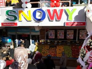 SNOWY'S MARKET, Kurtköy, was our nearest grocery store. Istanbul, Turkey: annmariemershon.com