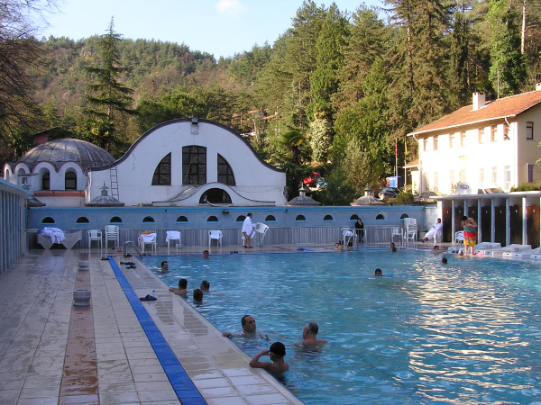 Termal's thermal pool beside the ancient tourist hamam. Turkey: annmariemershon.com