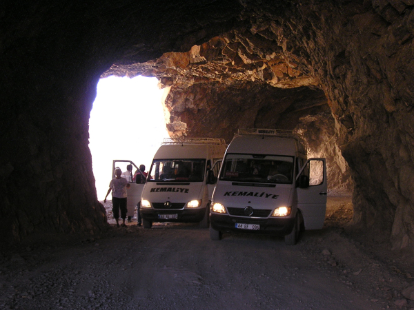 A rare spot in the tunnels where two vans could stop side-by-side. Kemaliye & Divriği, Turkey: chapter 41, You must only to love them. http://mershon.wordpress.com