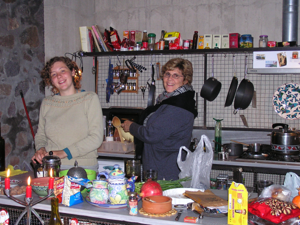 Laura and Dee joyfully prepare our Christmas feast. Yahşibey, Turkey: chapter 48, You must only to love them. http://mershon.wordpress.com