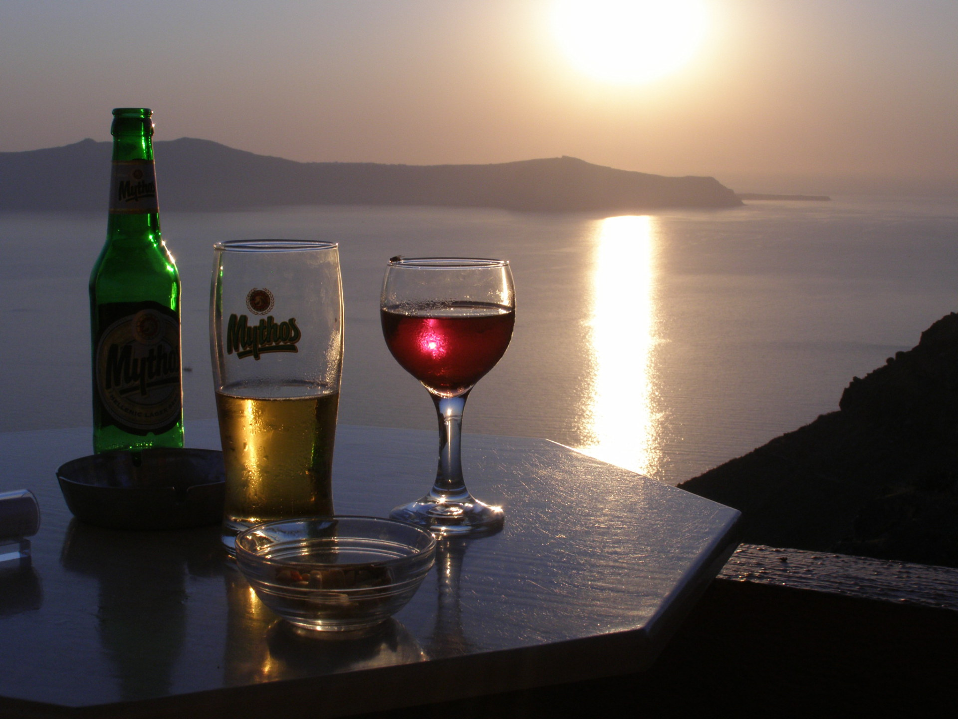 Our last stop was Santorini, an island with unforgettable sunsets. Santorini, Greece: Chapter 61, You must only to love them. http://mershon.wordpress.com