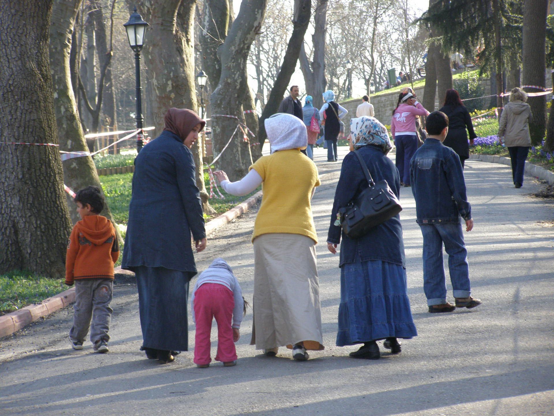Half of Istanbul gets out to walk in parks during Istanbul's Tulip Festival. Istanbul, Turkey: chapter 64, You must only to love them. http://mershon.wordpress.com