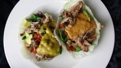 Lettuce Cups with Vegetables and 2 Kinds of Sauces, Mango Sauce & Papaya Sauces